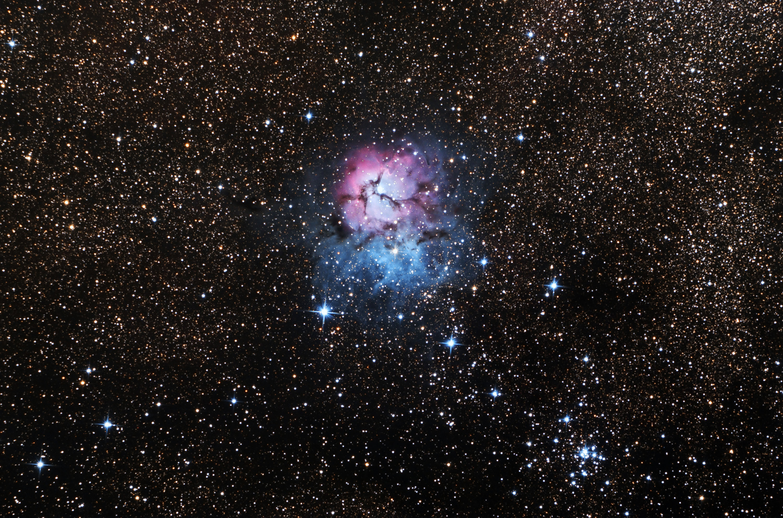 M20_Trifid_Nebula_2